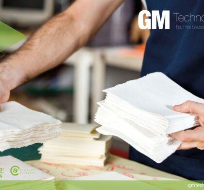 ¿Permanece el COVID en el papel y en otras superficies?